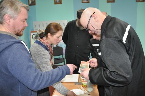 Для осужденных ИК-1 УФСИН России по Костромской области провели мастер-класс по основам иконописи