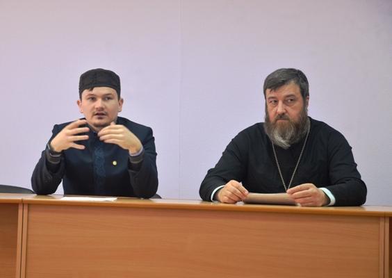ИК-4 УФСИН России по Костромской области посетили представители традиционных религий