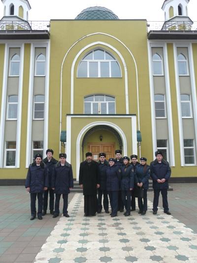 В УФСИН России по Костромской области для молодых сотрудников уголовно-исполнительной системы была организована экскурсия