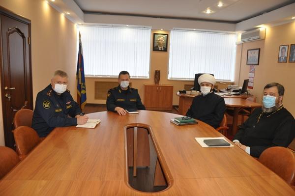 В УФСИН России по Костромской области состоялась рабочая встреча с представителями духовенства